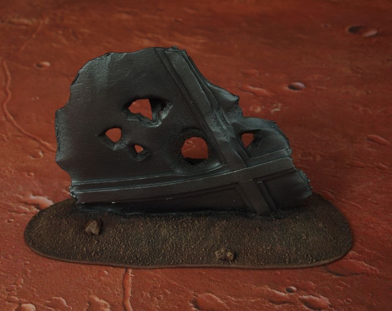 Warhammer 40k terrain wrecked cruiser sheating 1